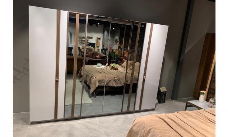 Alis Yatak odası