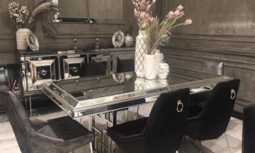 Gucci  black Yemek Odası